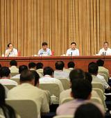 胡春华强调:大力促进乡村产业振兴